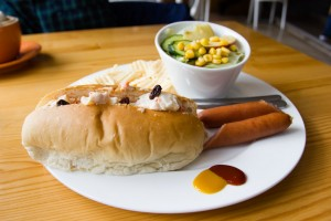 German sausage with mashed potato burger (2)